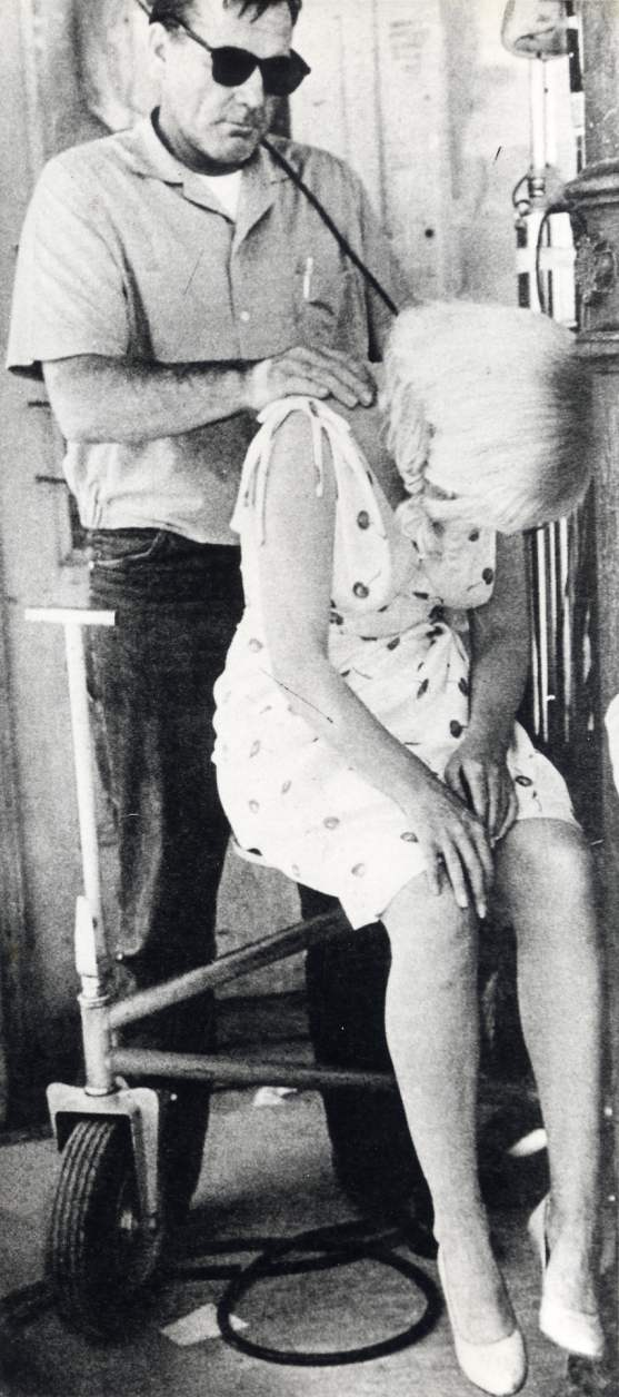 "Ralph Roberts and Marilyn Monroe on the set of ""The Misfits"""